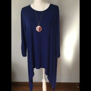 Chico's Size 2 Rayon/Spandex Fish Tail Tunic